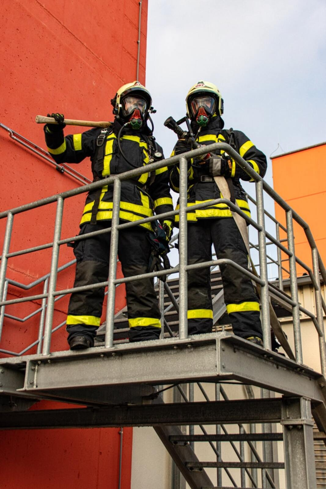 FDNY firefighters wouldn't get a COVID-10  Vaccine – New York Injury News