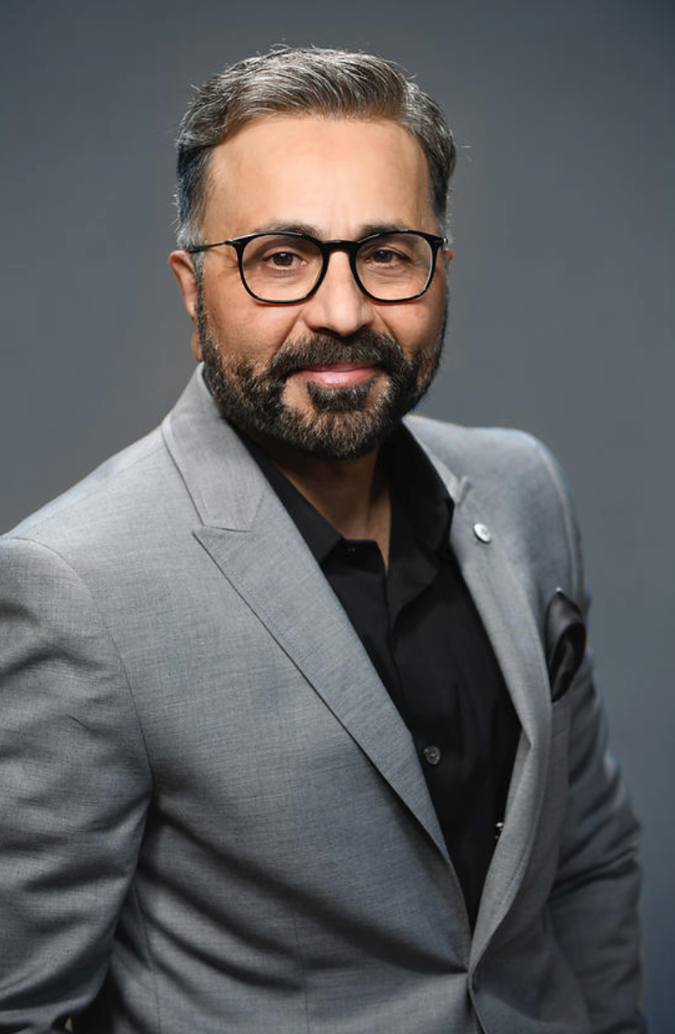 Qamar Zaman is a digital growth consultant and CEO KISSPR.com.