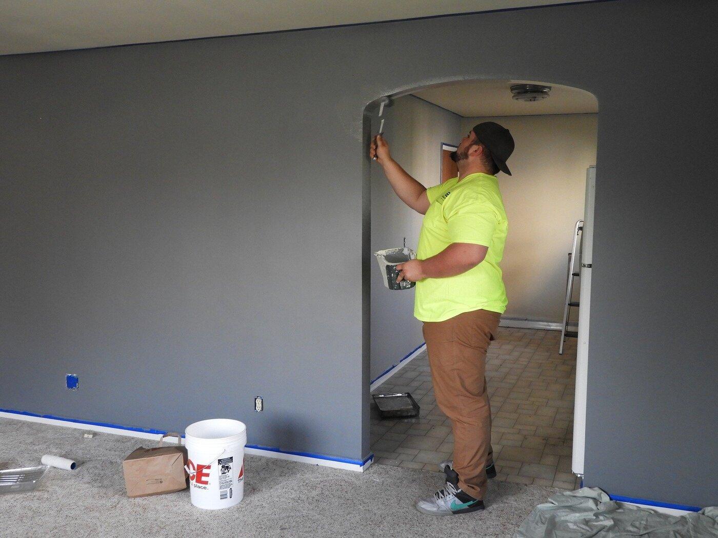 The Handyman Alex & Construction