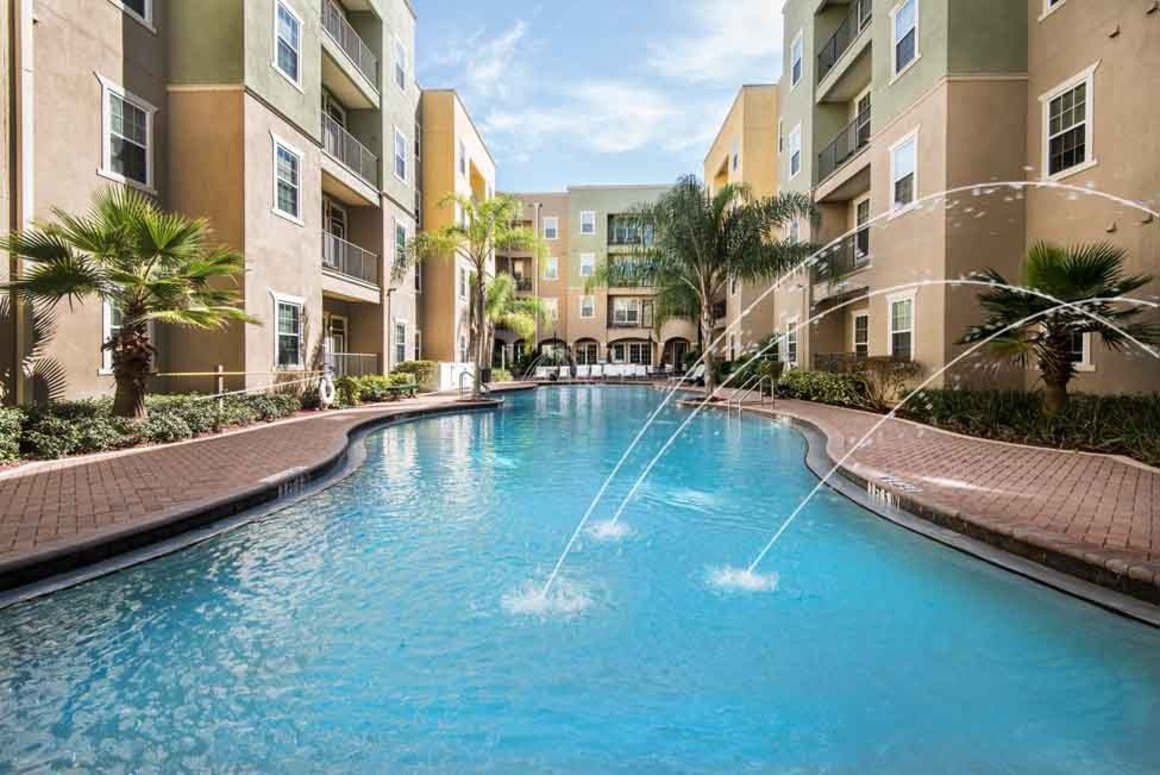 Vesper Holdings announces its acquisition of 4050 Lofts, a 772-bed student housing community located near the University of South Florida