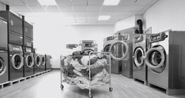 Five Things to Consider when Choosing Professional Laundry Equipment